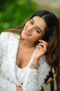 Nidhi-Aggarwal-81